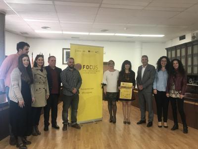 Los representantes del ayuntamiento de Santa Pola junto a los agentes del ecosistema del Baix Vinalopó