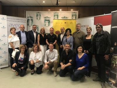 Representantes de los ayuntamientos y entidades del Alto y Medio Vinalopó