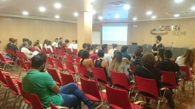 Más de 50 jóvenes participan en la jornada de Emprendimiento Juvenil