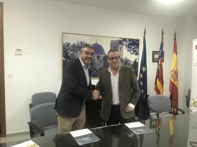 El presidente del CEEI Elche, José Javier García junto a Joaquín Marhuenda, patrono del PCUA