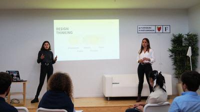 Dos emprendedoras valencianas, coaches en Silicon Valley